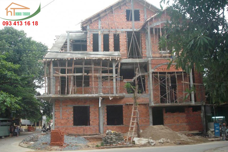 Thi công xây dựng biệt thự hiện đại tại Đà Lạt